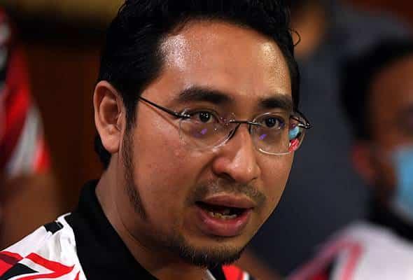 Cetak duit: MCA tempelak cadangan Wan Fayhsal mengarut