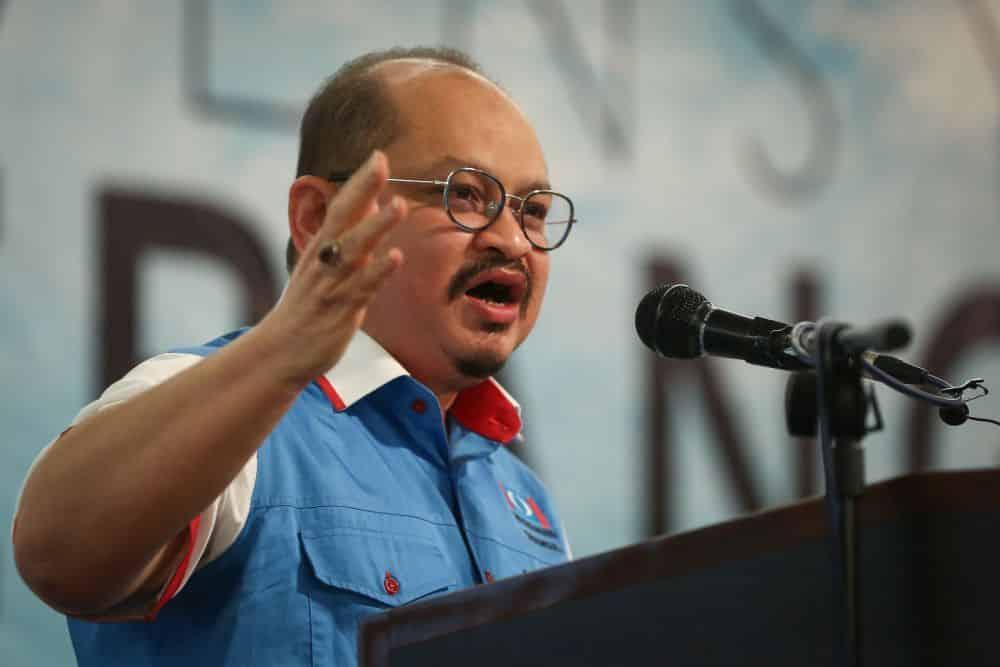 PKR dakwa serangan Dr. M terhadap Anwar adalah tidak berasas dan terdesak