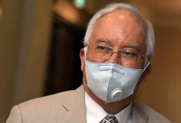 Semua yang hadir mesyuarat kabinet perlu dikuarantin, kata Najib