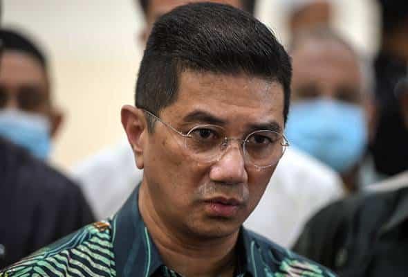 Panas!!! MoU bipartisan, peguam wanita ini dakwa Ismail berjaya 'checkmate' Azmin