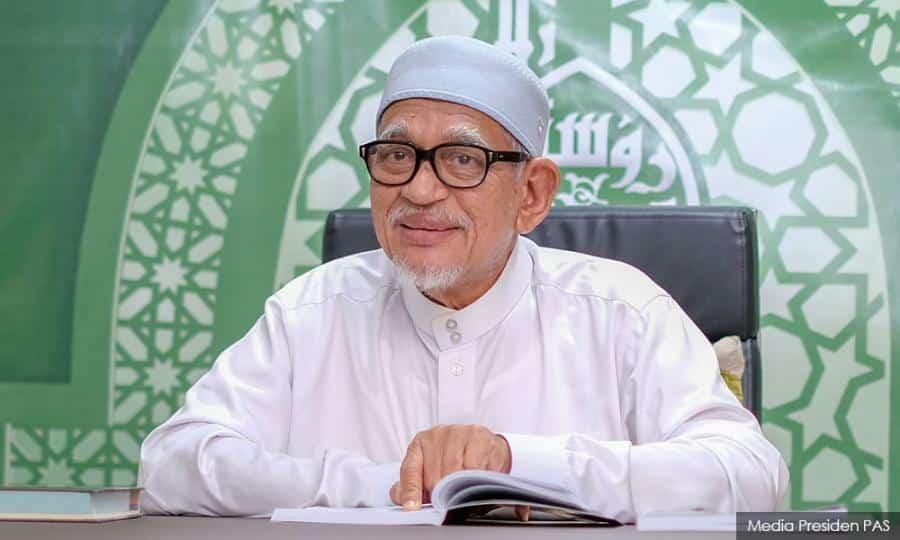 Ikrar taat setia Hadi Awang, Muhyiddin bakal menerima nasib seperti Tun M sekiranya yakin dengan sokongan Pas