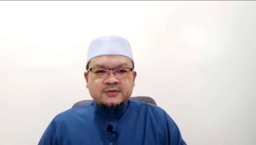 [VIDEO] Permohonan maaf terbuka imam Masjid Putrajaya
